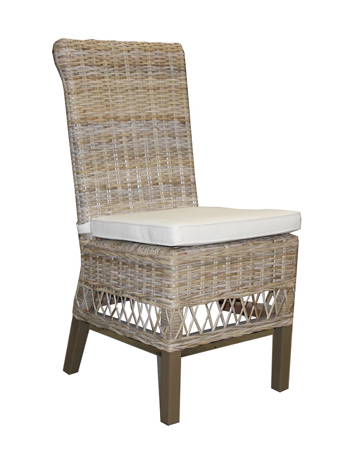 Leony Chair